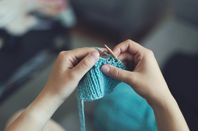 knitting to improve depression and anxiety